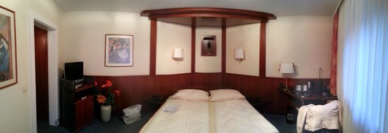 Hotel Azenberg: Улучшенный номер