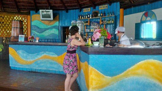 Hotel Club Kawama: Main bar