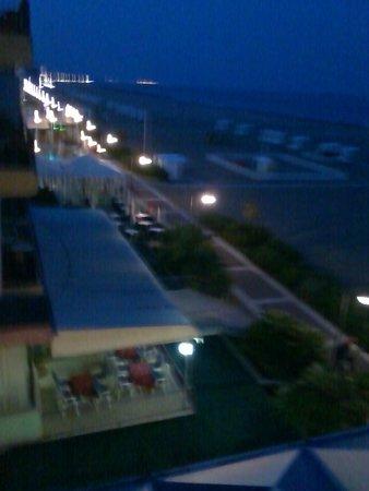 Hotel Edera: veduta da camera.