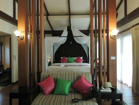 Aonang Phu Petra Resort, Krabi: Suite piscine