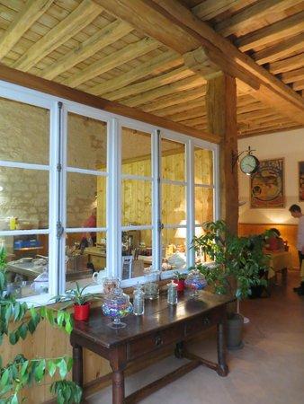 Le Domaine de Mestre: A cozinha no salão do café da manhã