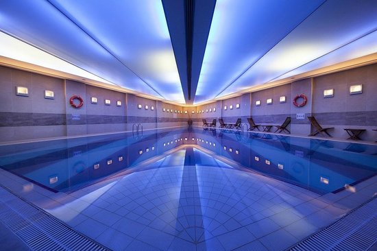 Point Hotel Taksim : Indoor Pool at Point Spa
