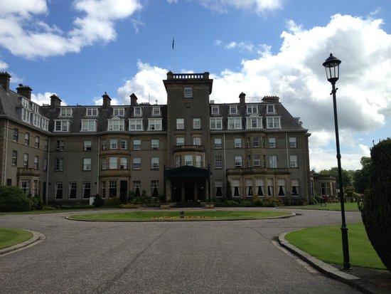 Gleneagles: The hotel entrance