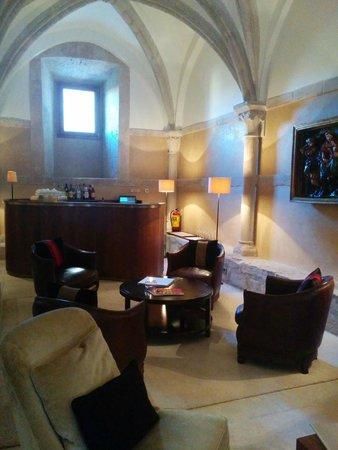 Hotel Abadia Retuerta Le Domaine: Bar
