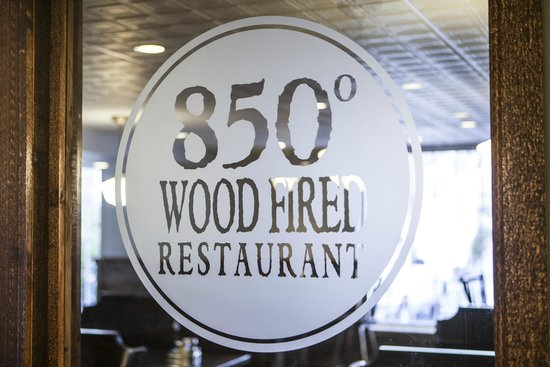 850 Degrees Wood Fired Pizza in Ridgefield, CT