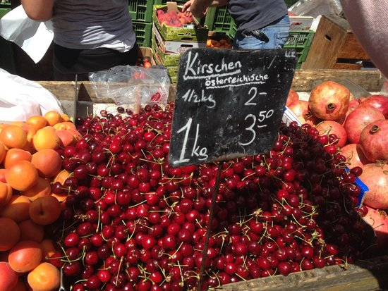 "Viktor-Adler Markt: Fresh fruits on the ""Bauernmarkt"" in Favoriten. Just four Underground Stations from City-centre"