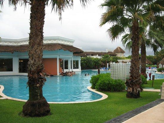 Grand Sunset Princess All Suites Resort: Pool