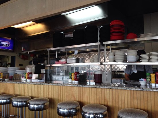 KaCey's Seafood and More : Bar seating