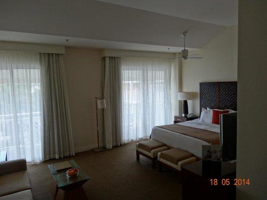 The Reach Key West, A Waldorf Astoria Resort: big room, new furniture