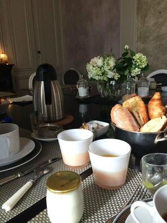 L'Hotel Particulier : Breakfast