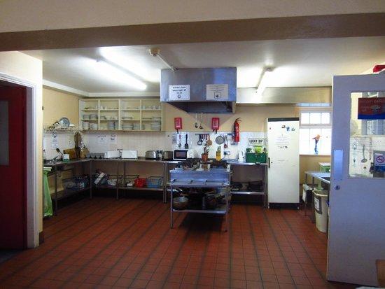 Neptunes Hostel: The industrialized kitchen