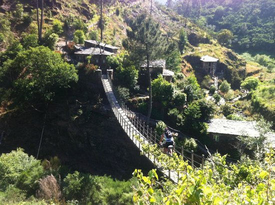 Portugal Nature Trails: Day 10: Crossing the hobbit bridge on the way up to Piodao