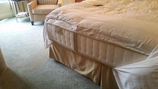 The Ritz-Carlton, Boston: Sheets shrank