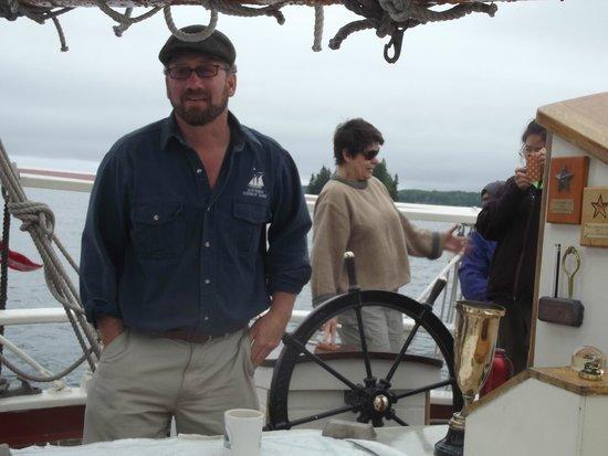 Schooner Stephen Taber Day Cruises: Captain Noah Barnes