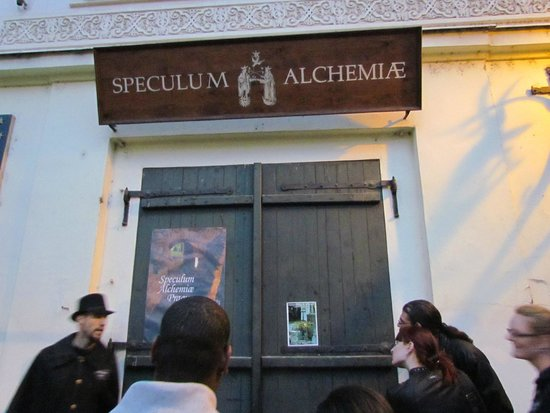 """McGee's Ghost Tours of Prague: Legend about """"Goat Square"""""""
