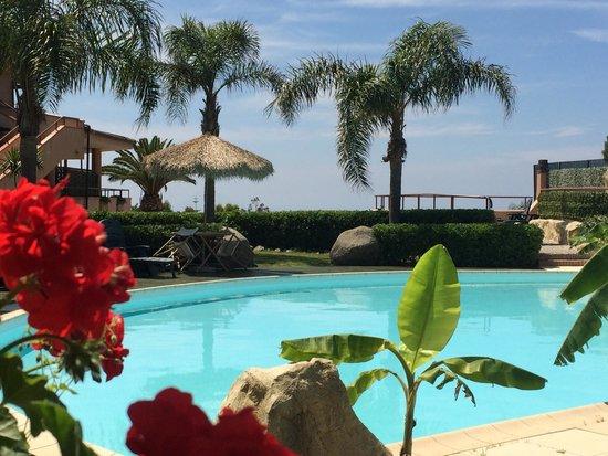 L'Arcobaleno Resort: Der Pool
