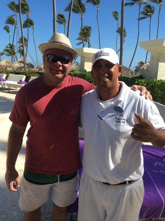 Paradisus Palma Real Golf & Spa Resort: Our beach buddy