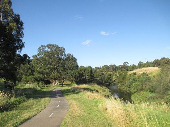 site of aboriginal school picture of merri creek trail. Black Bedroom Furniture Sets. Home Design Ideas