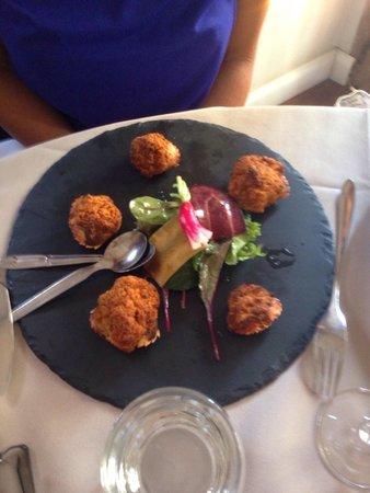 A Casarella : Assiette de crabes farcis.