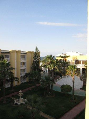 El Hana Palace Caruso Hotel : Garden Courtyard view