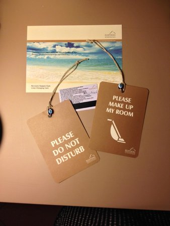 Hapimag Resort Sea Garden: Environment friendly room cards...
