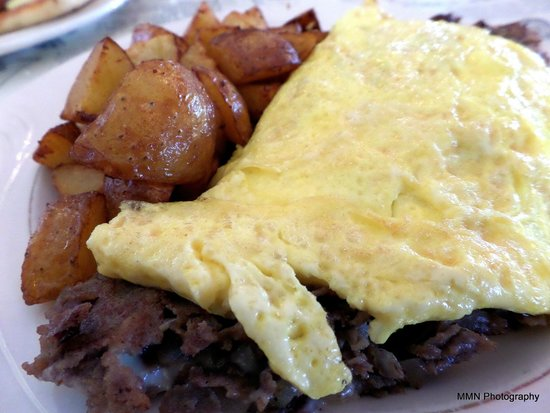 Woodbury Station Cafe: Philly Omelette - $11.99