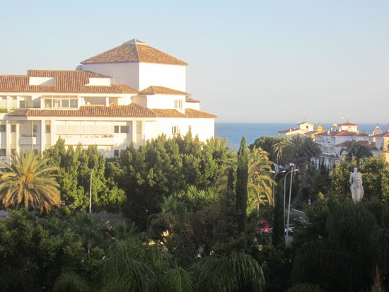 H10 Andalucia Plaza : Balcony of 331 view