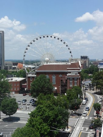 Holiday Inn Express & Suites Atlanta Downtown: View from room
