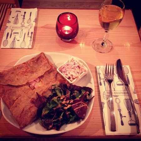 The Creperie: Dinner Galette and Wine