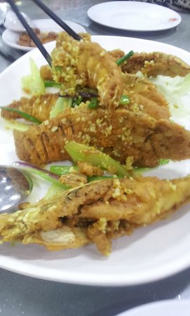 G7 Sin Ma Live Seafood Restaurant: crayfish with butter