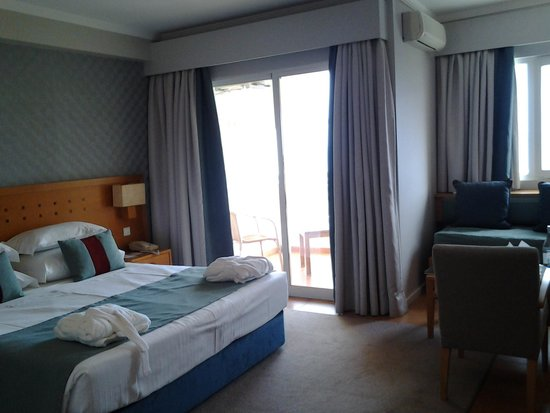 Eurotel Altura: habitación