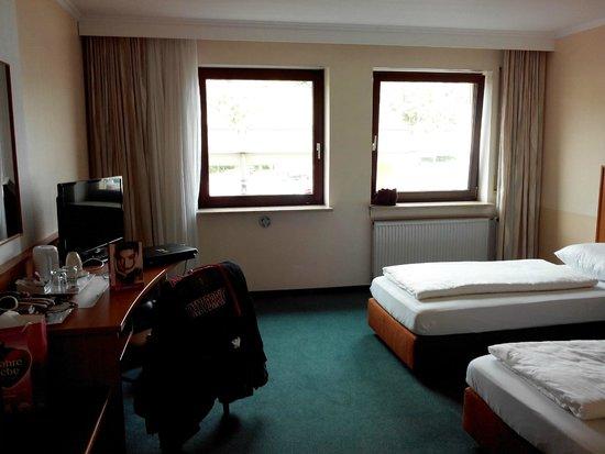Langwasser Hotel: La chambre 118