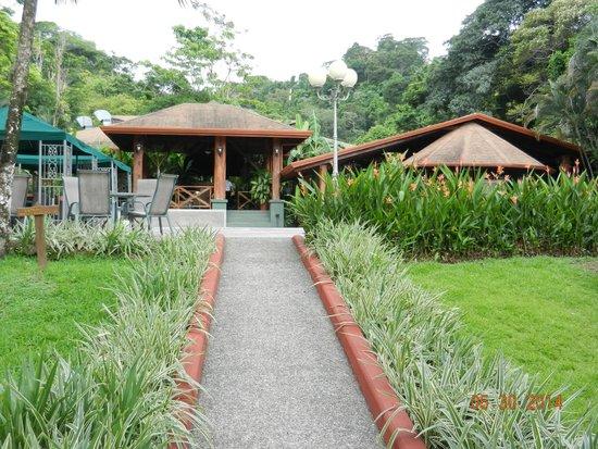 Hotel Playa Espadilla : Entrance to Restaurant