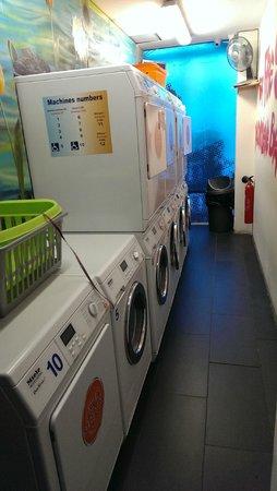 St Christopher's Canal Paris: Laundromat