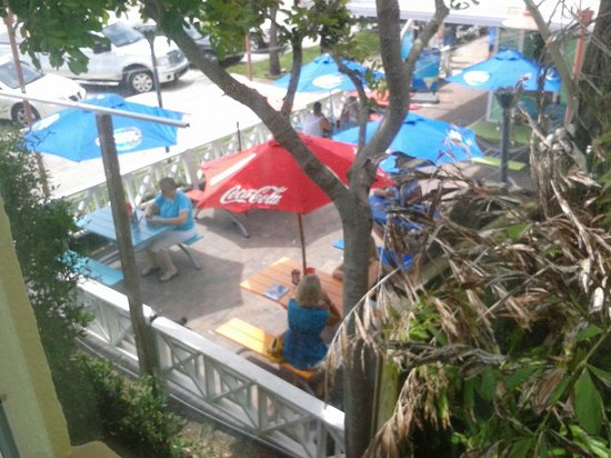 Keystone Motel : View of Hurricane Restaurant from room 217