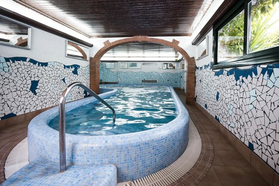 Xaine Park Hotel : Jacuzzi