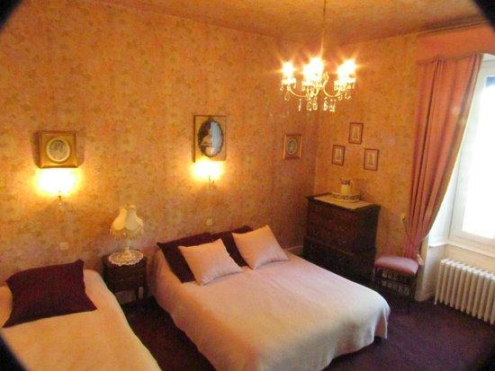 Hotel de France et de Russie: Double room with ensuite