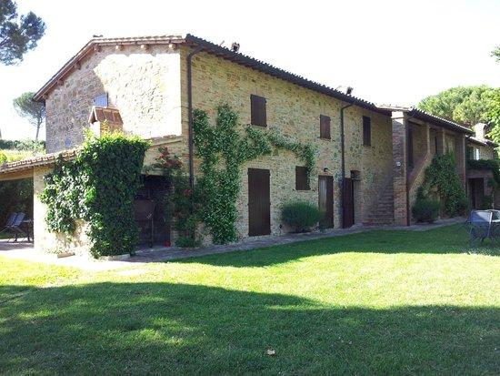 Agriturismo Poggio alle Vigne : appartamenti del casale