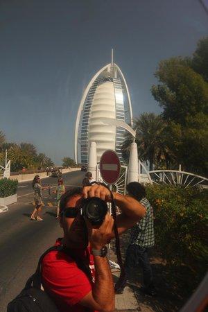 Burj Al Arab Jumeirah: Hasta ahi llegas si no tenes entrada para algun servicio .-