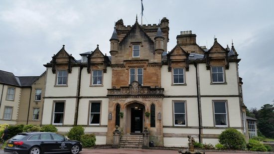 Cameron House on Loch Lomond : Front of Hotel