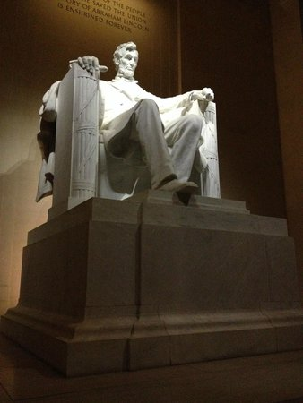 Lincoln Memorial: Bigger and more impressive than you think
