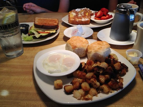 Miller's Seafood & Steak House: Breakfast of champions
