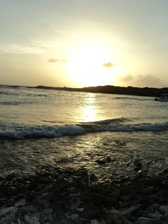 Santa Barbara Beach & Golf Resort, Curacao: Breathtaking sunsets!
