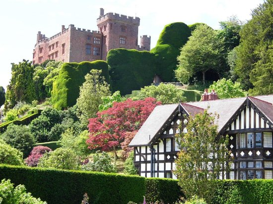 Powis Castle and Garden: The castle and the head gardeners house