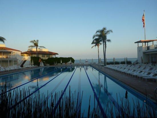 Four Seasons Resort The Biltmore Santa Barbara: Sunset at the Coral Club