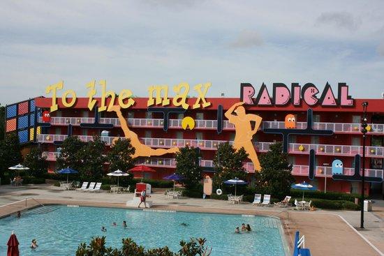 Disney's Pop Century Resort : One pool area
