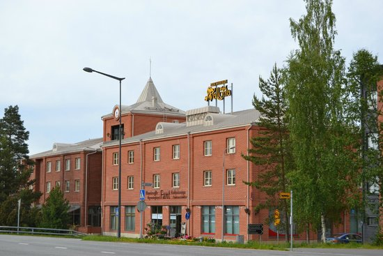BEST WESTERN Hotel Vallonia : hotel from road