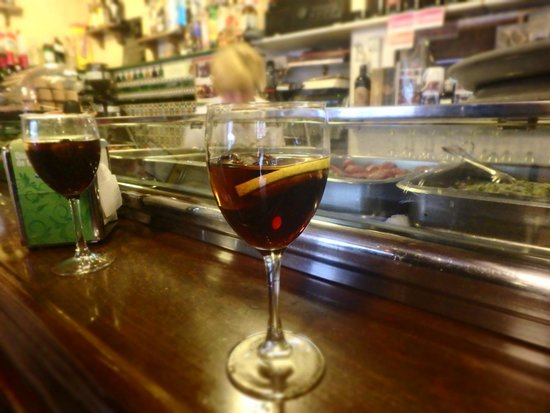 Walks of Spain Tapas Tour: Vermouth!
