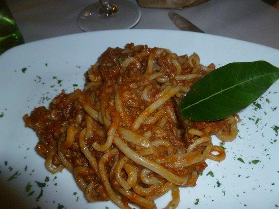Osteria del Borgo: pici with boar sauce