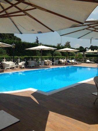 Piccolo Borgo: Pool Area
